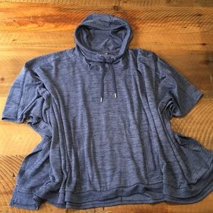 ATHLETA Blissful Hooded Poncho in Blue, size Large